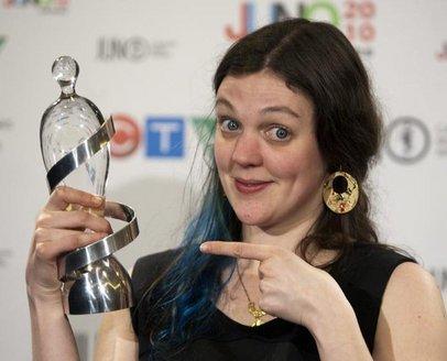amelia-curran-trophy2010.jpg