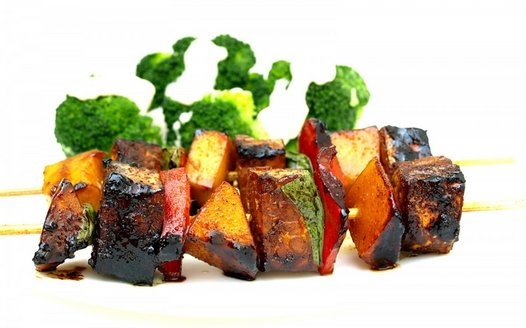tempeh-sqewers-vegan-1200x748.jpg