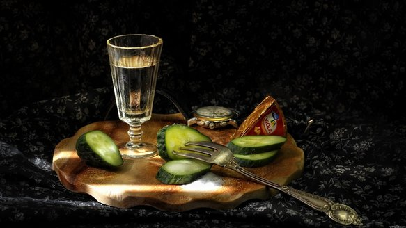 vodka_wine-glass_cucumbers_plug_salt_cheese_ultra_3840x2160_hd-wallpaper-5683.jpg