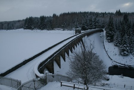 dam_snow.jpg