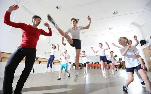 ballet-m_3597707k.jpg.jpg