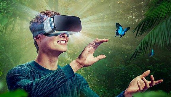 Facebook-zuckerberg-sanal_gerçeklik-eticaret-bot.jpg