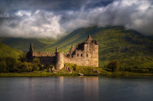 Castle-Kilchurn.jpg