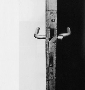 handle-wittgenstein-crop-768x811.jpg