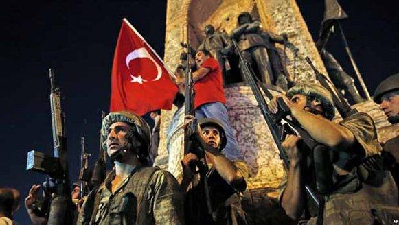turkiyede-darbe-girisimi-kurdistanda-turk-seviciler.jpg