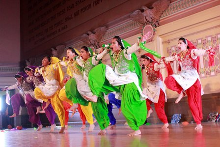 this-all-girl-punjabi-dance-team-is-crushing-their-male-competitors-1461509752.jpg.jpg